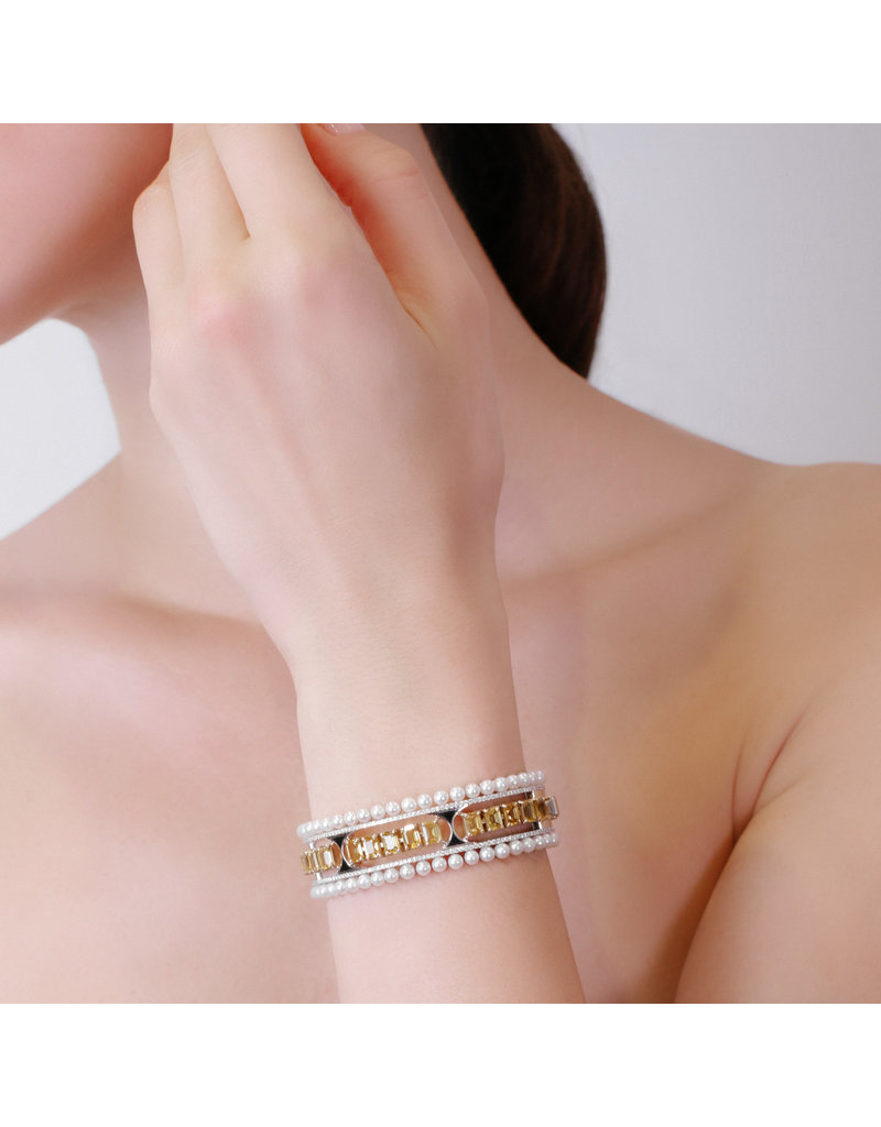 Calliope Maze Bangle in White Gold