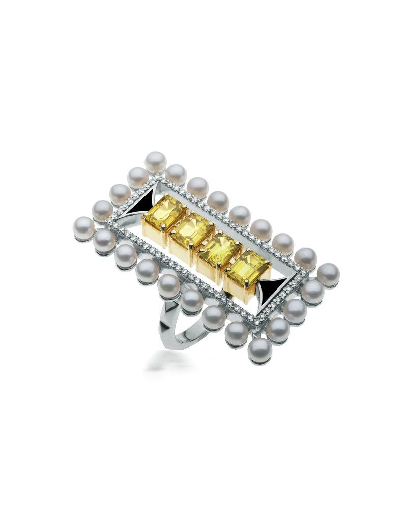 Calliope Maze Ring in White Gold