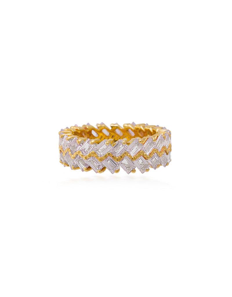 Shanhan Chevron Ring In Yellow Gold With Diamonds
