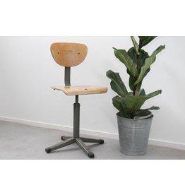 Vintage verstelbare bureaustoel industriele look