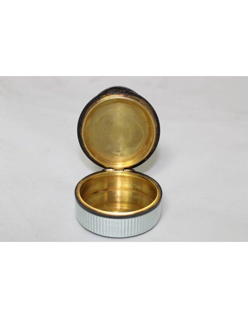 Zilveren Pillen Doos.Oud Wit Geemailleerde Zilveren Pillendoos