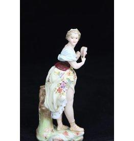 Duits Porseleinen Vrouwen beeldje Triebner, Ens & Eckert 1886-1894