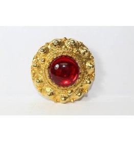 Vintage broche goud met rode steen