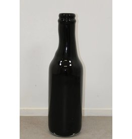 Black bottle of Royal Leerdam A37 Unica Strabelle