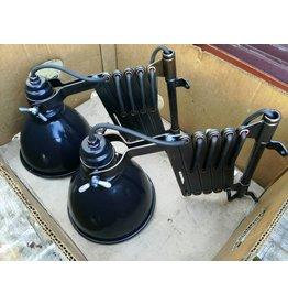 Vintage industriële emaille wandlamp  schaarlamp scharnierlamp
