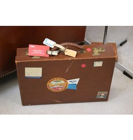 Hard business Brown leather suitcase with KLM flap folders