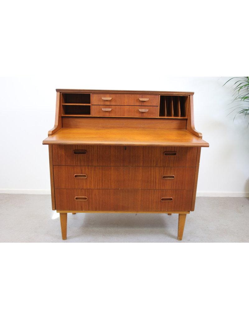 Amazing Vintage Secretary Desk Download Free Architecture Designs Xerocsunscenecom