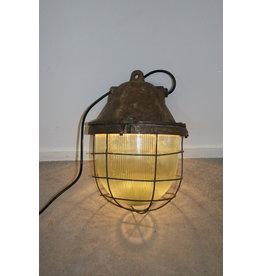 Industrial Metal Mega Bully hanging lamp