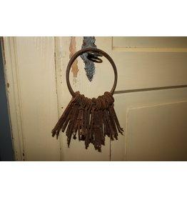Oude Sleutelbos met losse sleutels