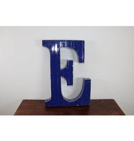 Grote metalen letter Donker BLAUW E
