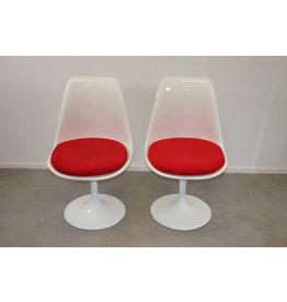 Knoll Witte rode draai stoel