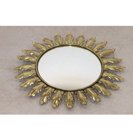 Sun mirror with oak leaf leaves