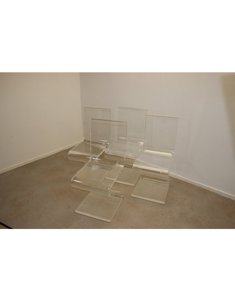 Z chair design  plexiglas