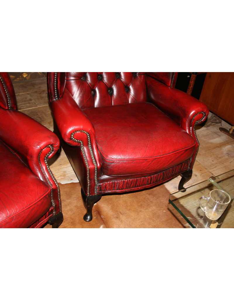 chesterfield oorfauteuil oxblood rood