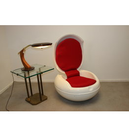 Peter Ghyczy Egg Chair wit en red 1968
