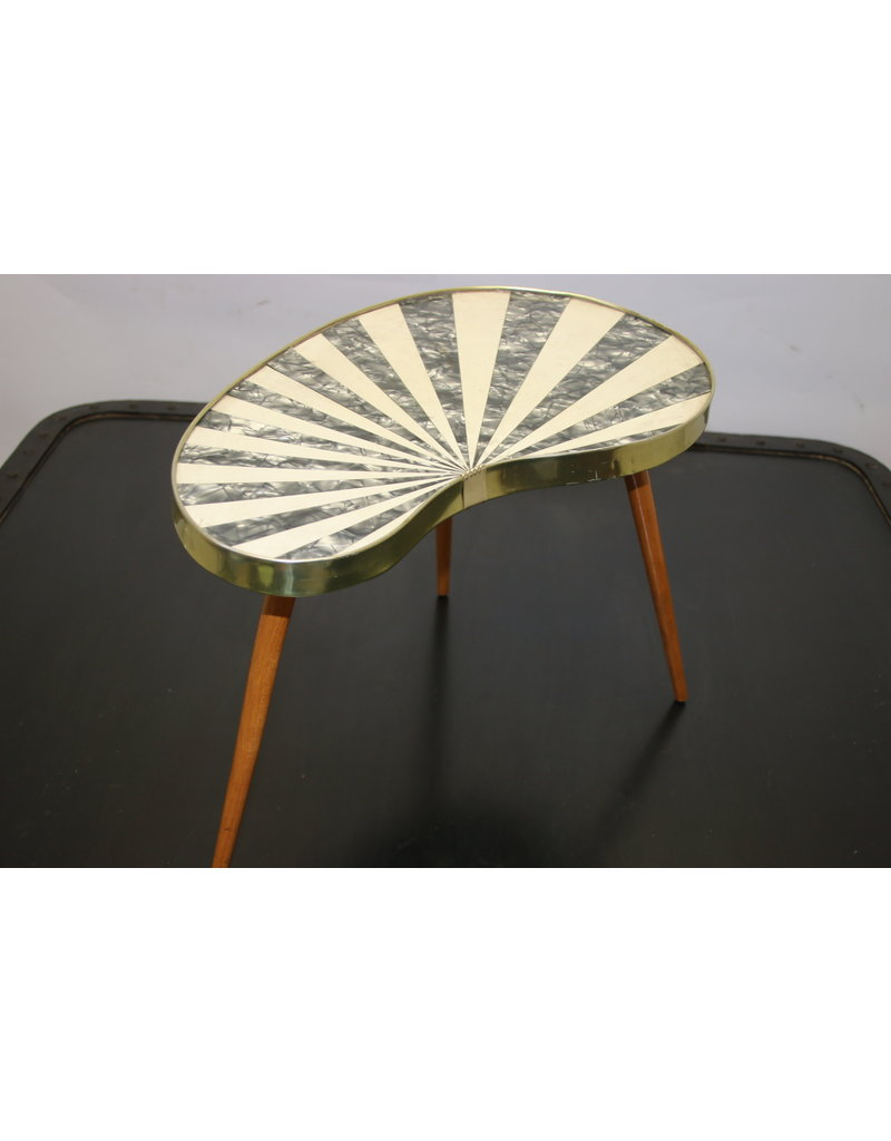 Kidney table inlaid with mother-of-pearl white / gray / plant table
