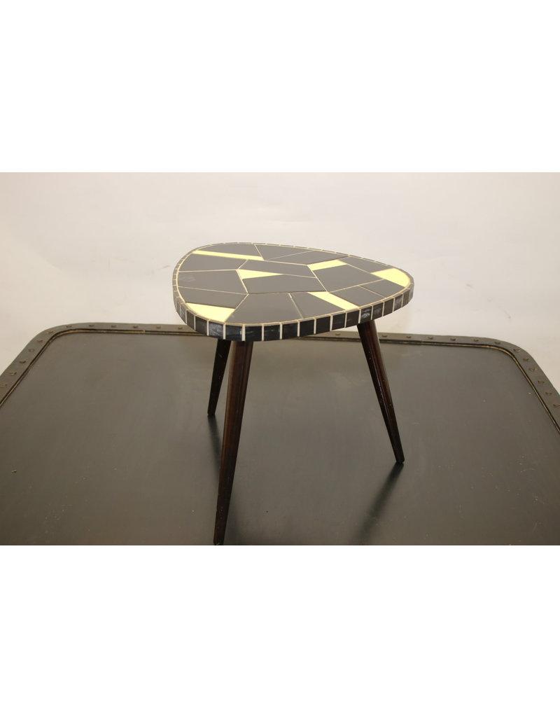 Plant table yellow / black 60s