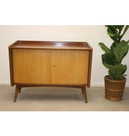Vintage Voorraadkast of schoenenkast wandmeubel