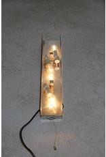 Grote Wandlamp met Dik ijsglas gemaakt bij Hillebrand
