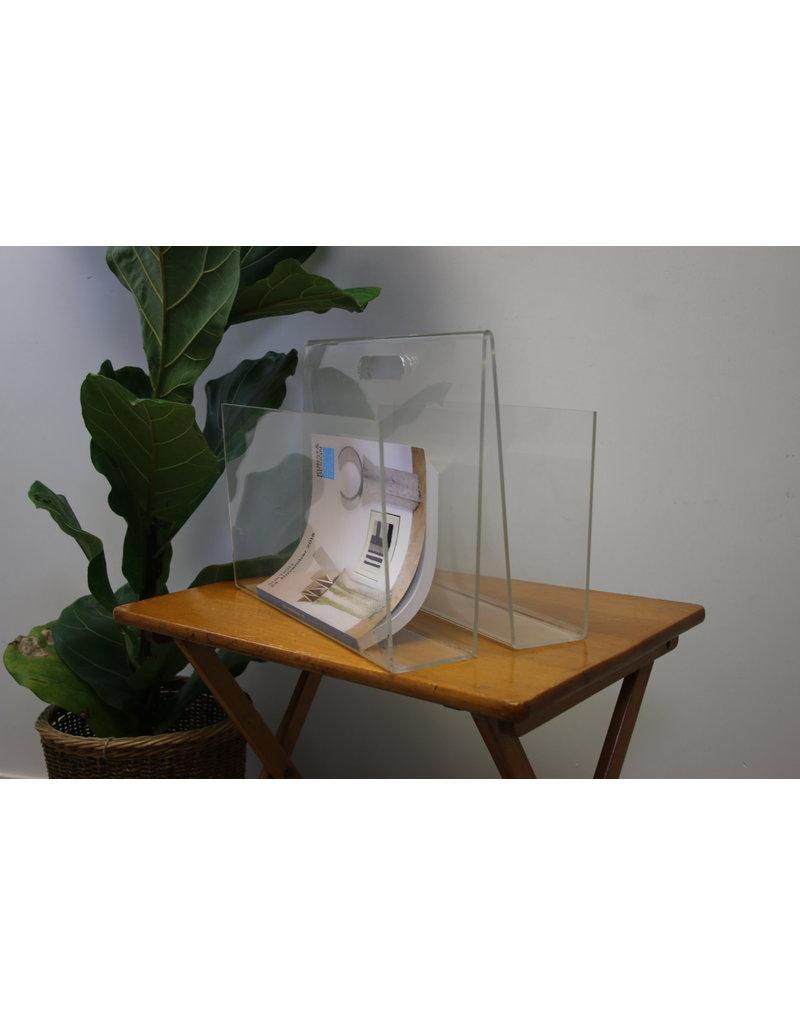 Plexiglass reading bin
