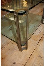 Peter Ghyczy Salontafel  Bijzettafeltje met 2 18 mm glasplaten en Bronzen poten 71,5 x 71,5 x 45 cm