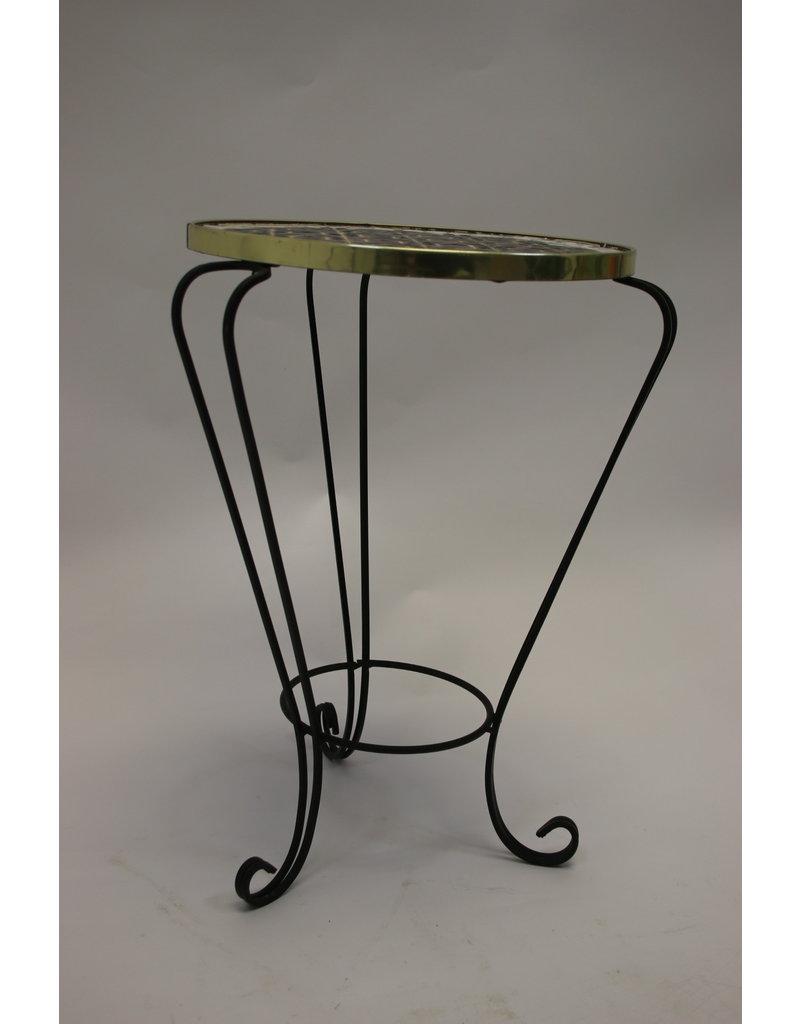 Vintage round tile table plant table