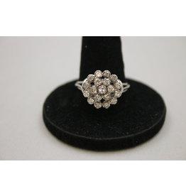 18 kt Witgouden ring met 19 Diamantjes ruim 2.75 ct totaal