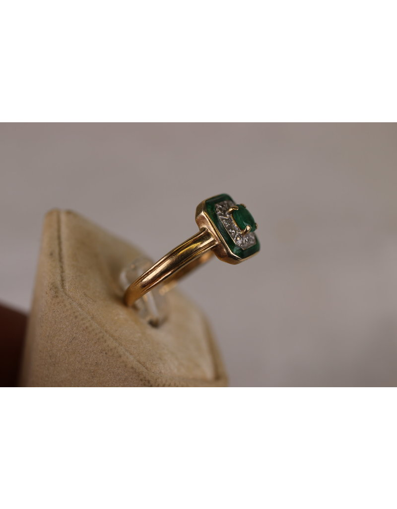 14 kt Yellow Gold Art Deco ring with emerald and diamond