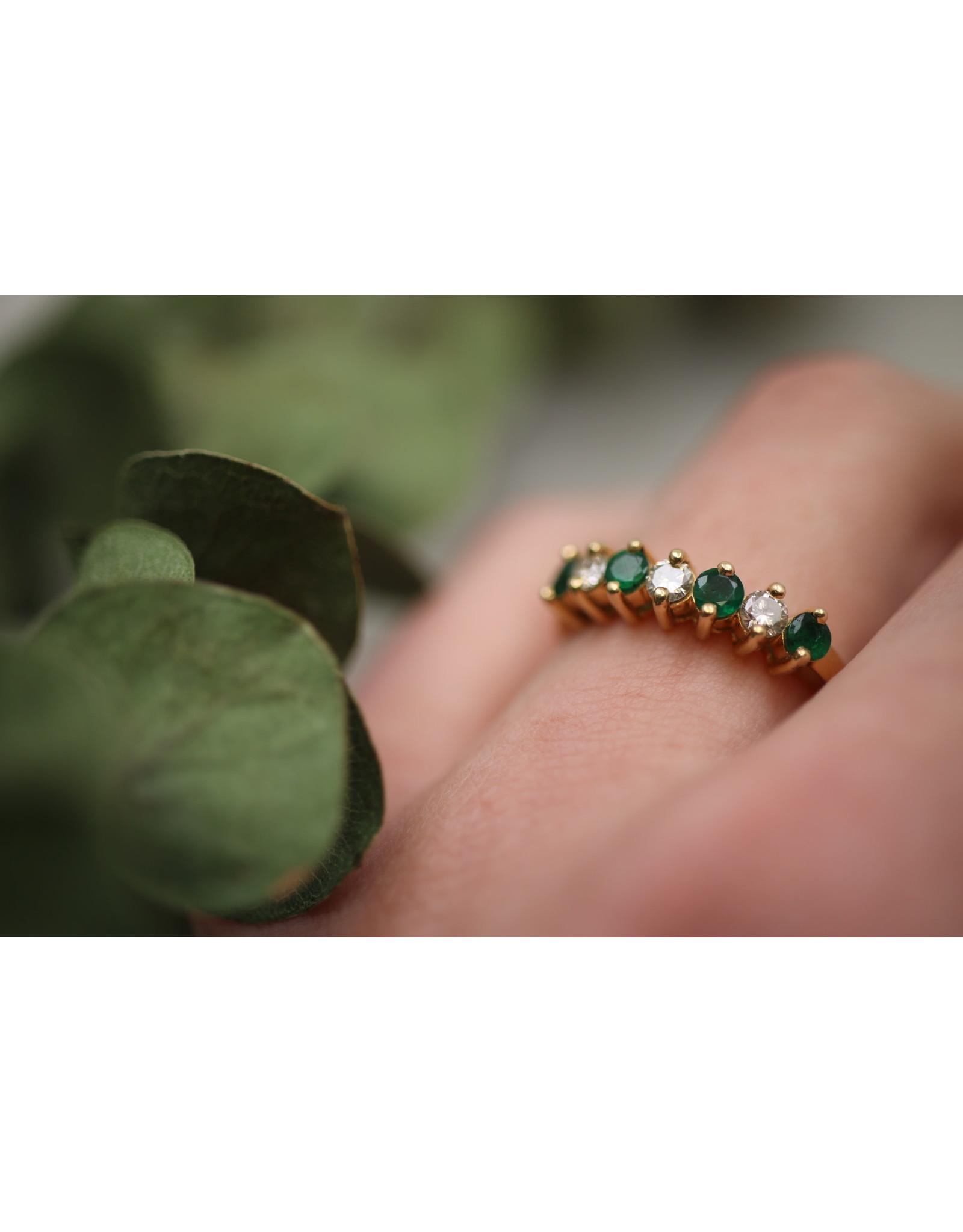 18 kt geel gouden ring met Smaragd en Diamanten