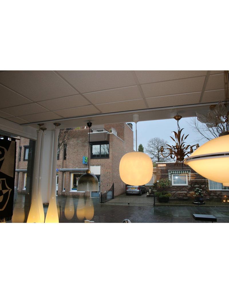 Zeer Grote Witten Bol lamp Limburg Leuchter 1960