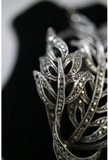 Zilveren Broches Met Markasietjes