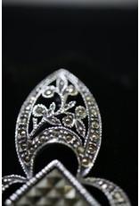 Engelse Zilveren Broches met Cutsteel Markasietjes