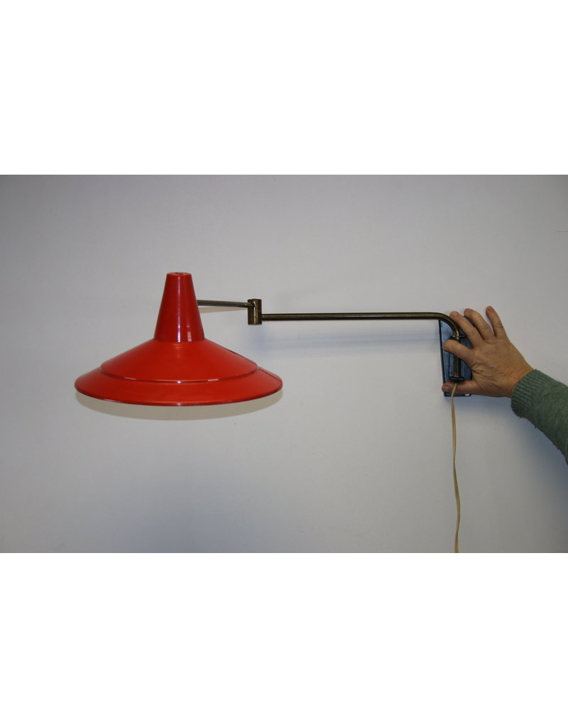 50 years Wall lamp with articulated arm Red shade Anvia lamp highly frosted