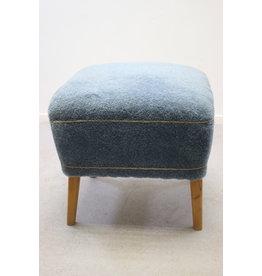 Poef hocker blauwe stof jaren50