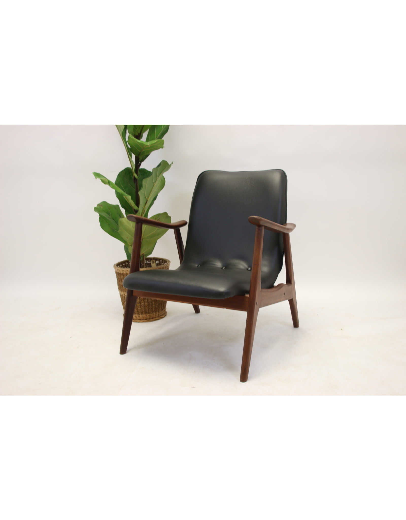 Louis Van Teeffelen Faurteuil Black Skai leather For Webe