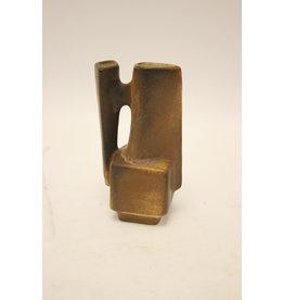 Lore Ceramic Beesel model B 111 by Matt Camps