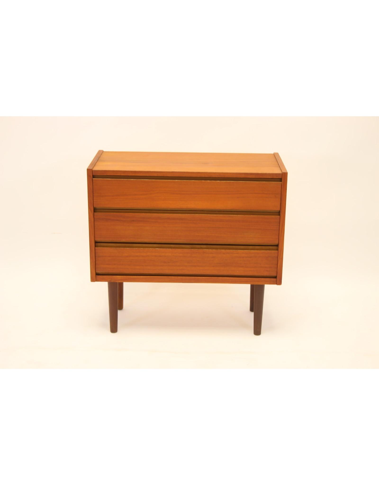 Deens Teak drie lades sideboard 1960's