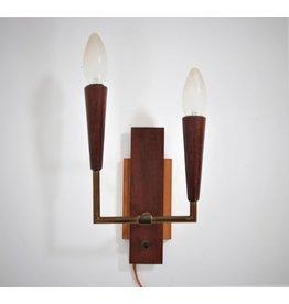 Teak messing vintage wandlampje met twee lampjes