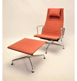 Ray Charles Eames Chair with Ottoman EA 124 and EA 125