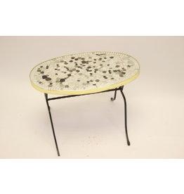 Langwerpigen ronden mozaieke bijzet tafeltje of platen tafeltje