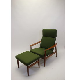 Arne Vodder relax chair with ottoman model 164 danish teak.