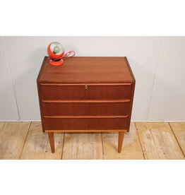 Danish Teak chest of drawers with 3 drawers