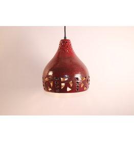 Brutalistische rode keramieken hanglamp deens ontwerp.