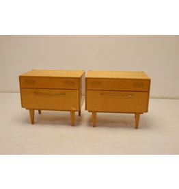 Set Vintage nachtkastjes met lades en klep