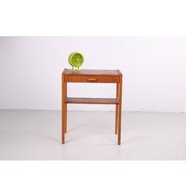 Deense Teakhouten bijzettafel of nachtkastje vintage model met lade