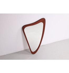 Teakhouten spiegel in harpmodel of organisch