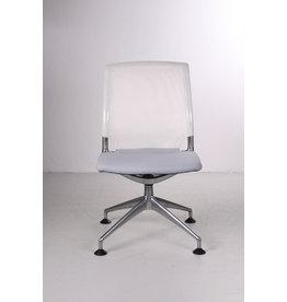Vitra bureaustoel model Meda chair