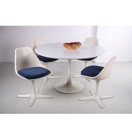 Set tafel met 4 stoelen ontwerp van Maurice Burke gemaakt bij  Arkana