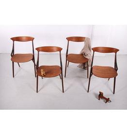 Set van 4 teakhouten stoelen model 17, Arne Hovmand Olsen voor Mogens Kold, jaren '50