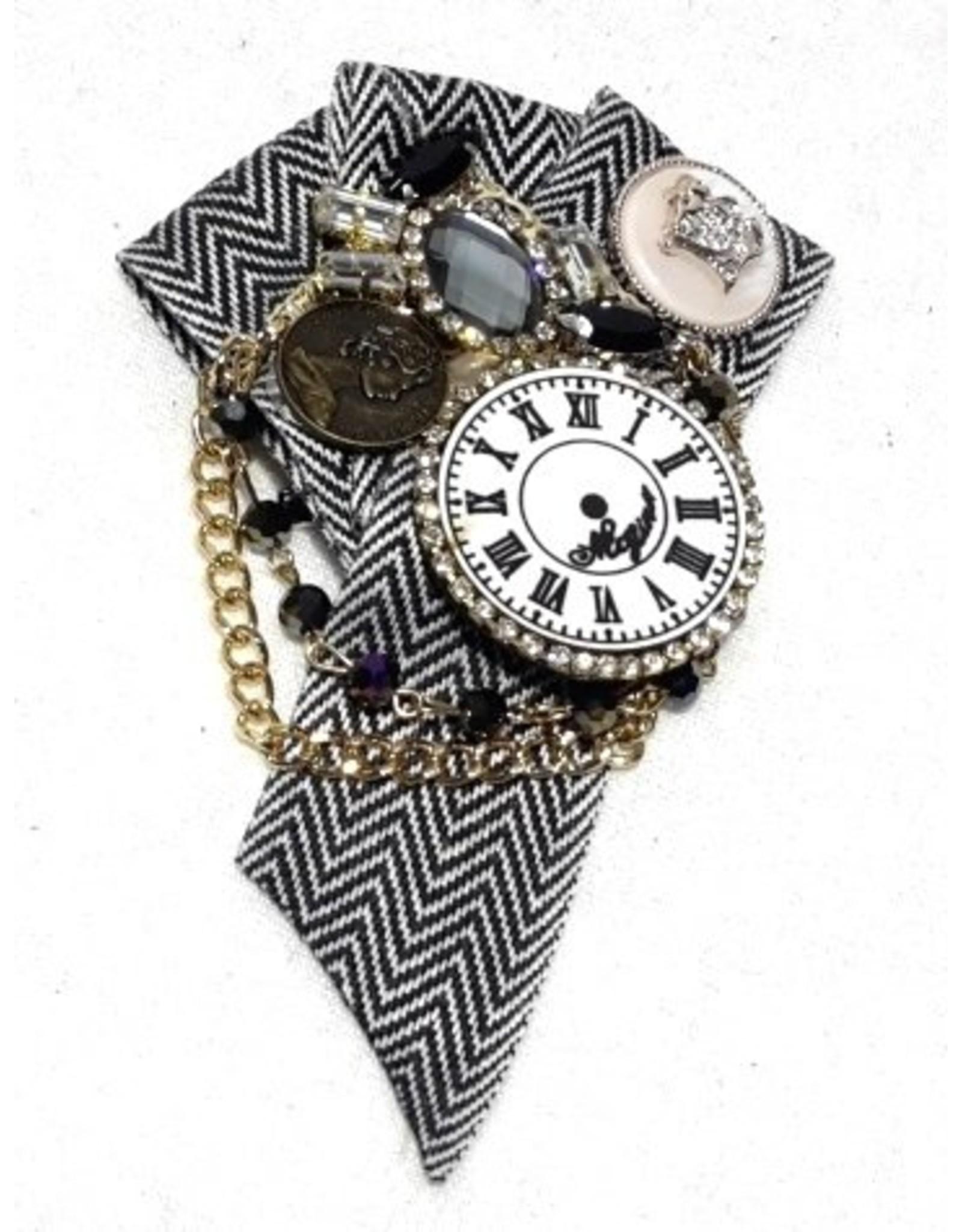 Dark Desire Gothic Steampunk accessories - Gothic Steampunk Brooch Clock
